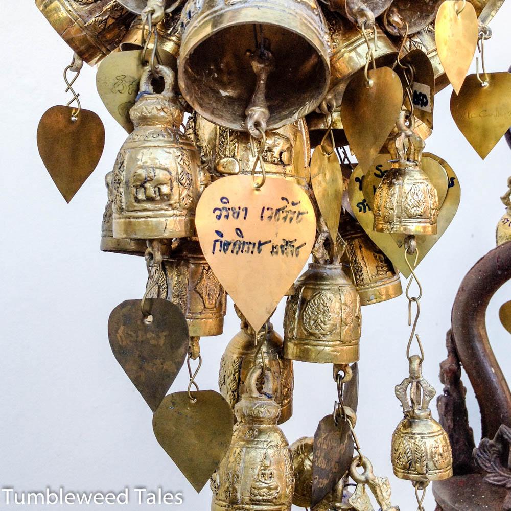 Glockenspiel auf dem Tempelgelände