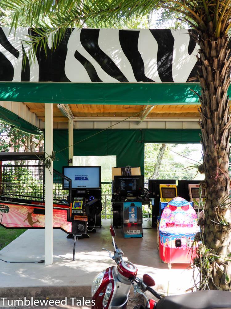 Ja, im Zoo gibt's auch Spielautomaten