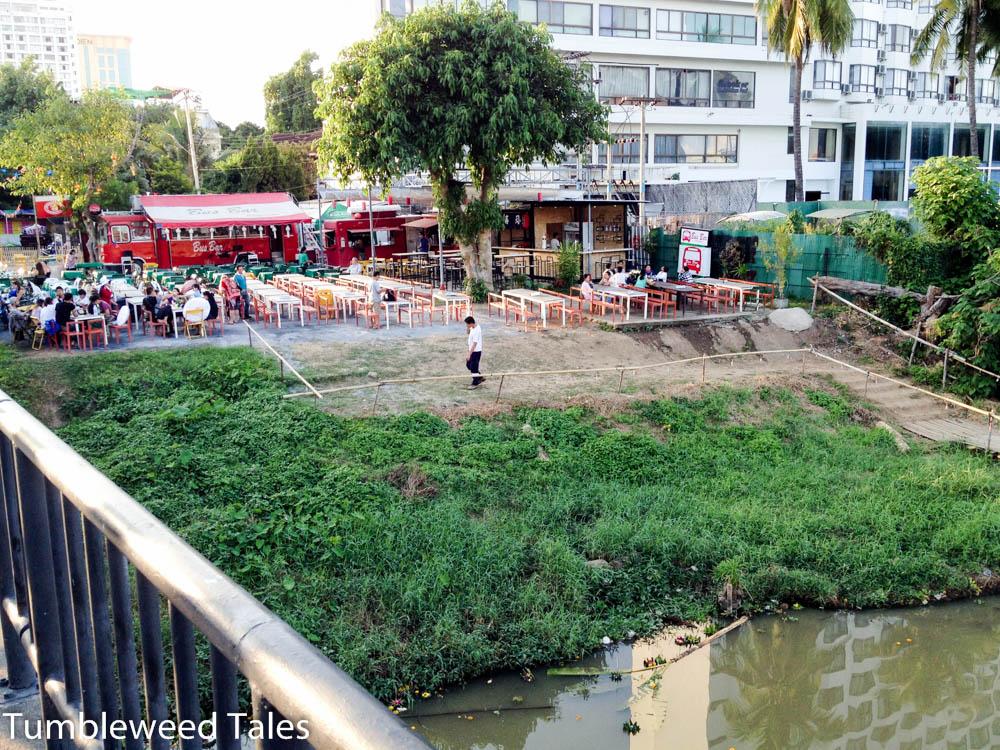 Unsere Party-Location für Loi Krathong: Die Bus Bar