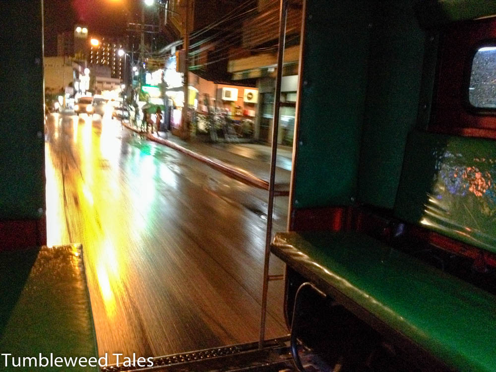 Blick aus einem Songthaew