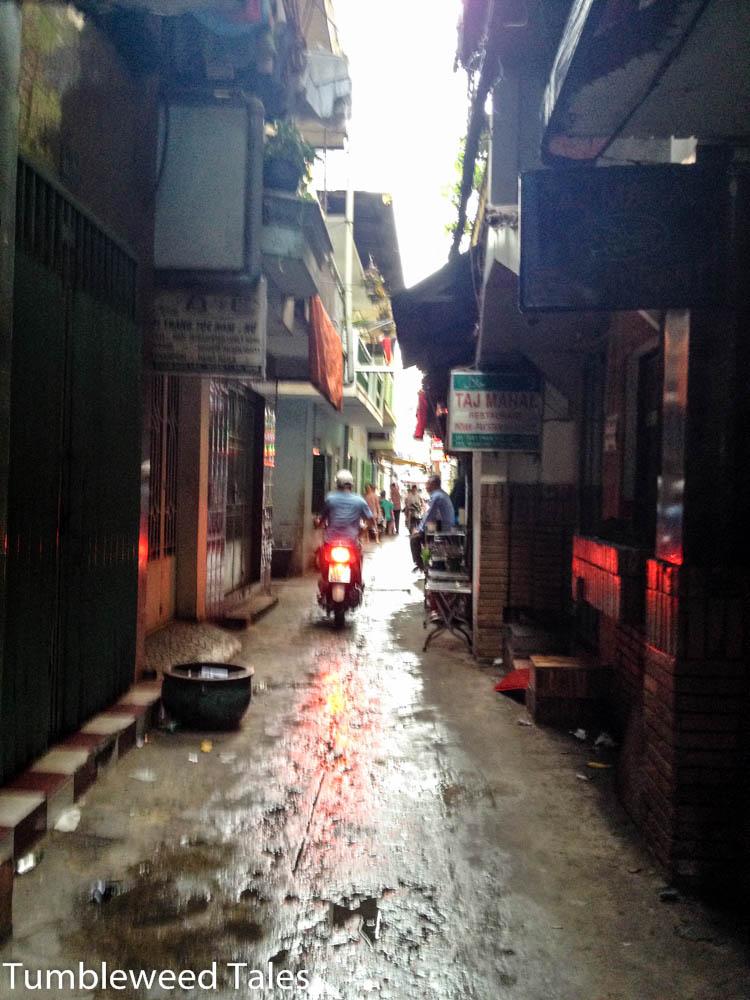 Die Seitengasse der Pham Ngu Lao Street in Saigon, in der unser Hostel lag