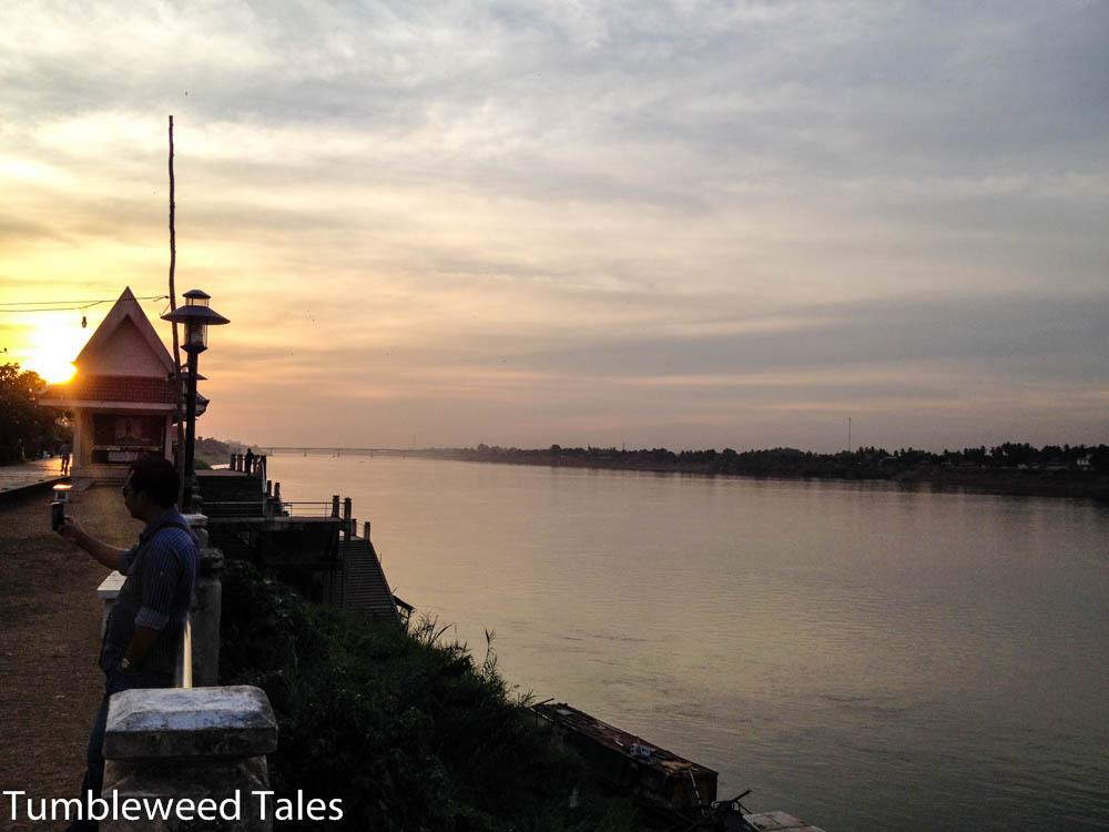 Blick über den Mekong Richtung Friendship Bridge