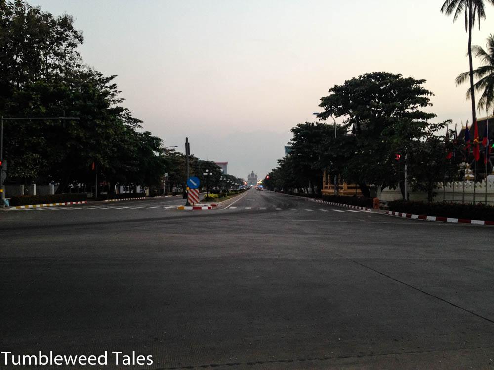 Früh morgens auf dem Weg zum thailändischen Konsulat