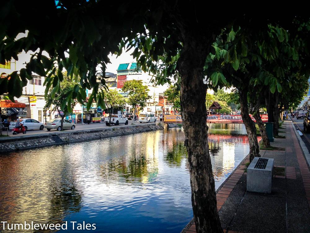Der Moat in Chiang Mai – unsere Laufstrecke mitten im Gewusel