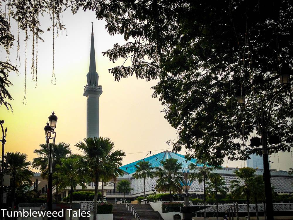 Masjid Negara – In der Nationalmoschee von Malaysia