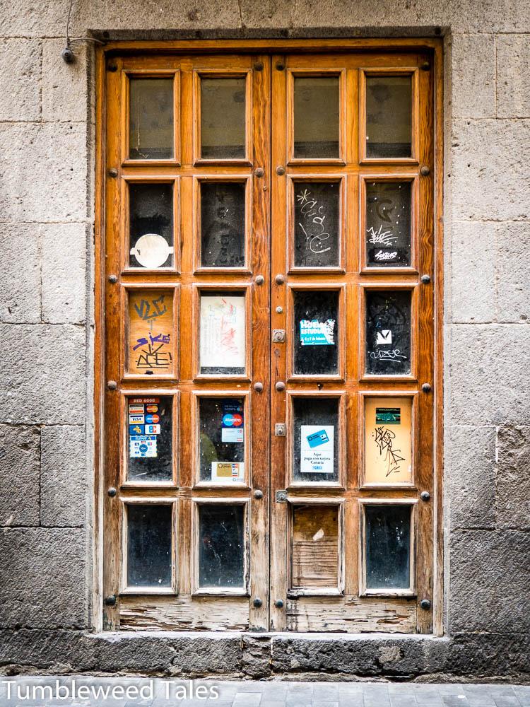 Mehr schöne Holztüren...