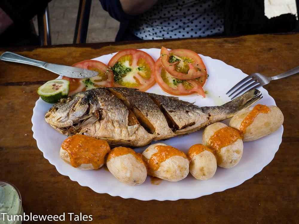 Utes frischer frittierter Fisch