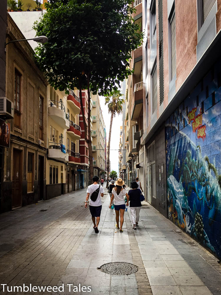 Straße zum Playa de Las Canteras