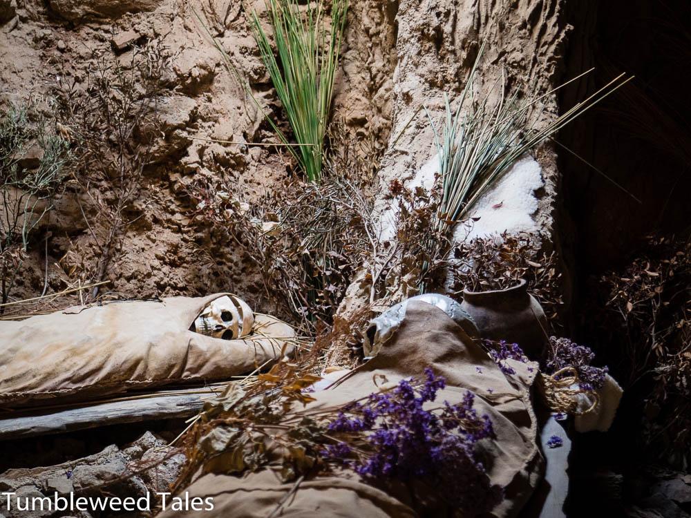 In der Grabhöhle