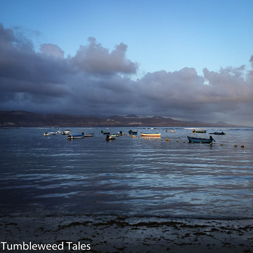 Boote in der Morgendämmerung