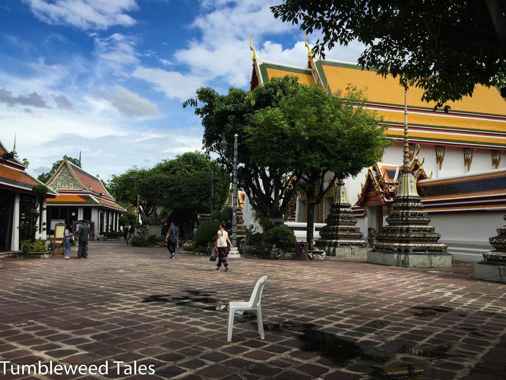 Ruhiger Platz im Wat Pho, mitten in der Altstadt