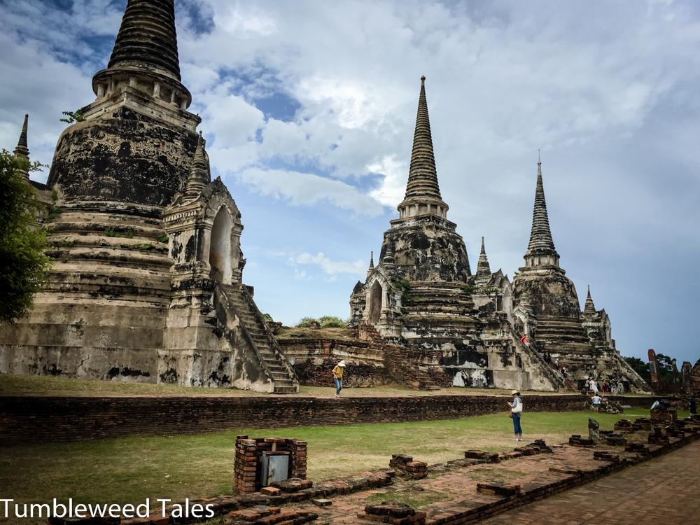 Die drei restaurierten Chedi im Wat Phra Si Sanphet. Der Tempel gilt als Vorlage für den Wat Phra Kaeo in Bangkok, in dem der Smaragd-Buddha ausgestellt ist.