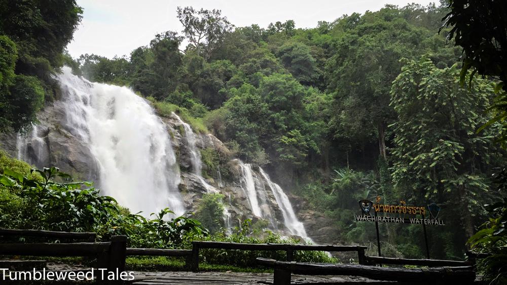 Wachirathan Wasserfall, benannt nach dem aktuellen König Maha Vajiralongkorn