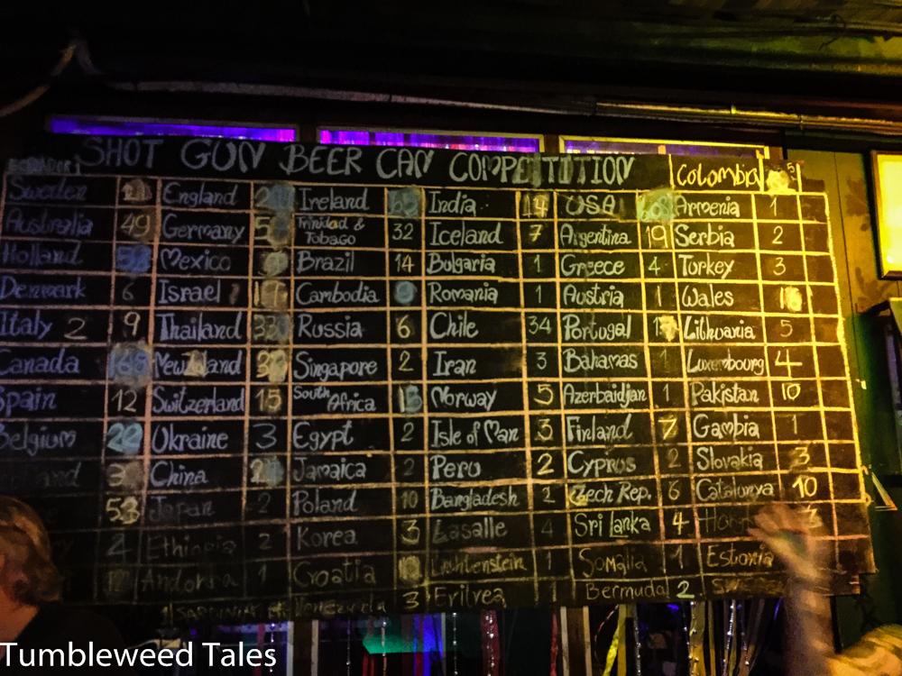 Trinkspiel-Punktetafel in der Reggae-Bar im Yellow Corner, der sehr überschaubaren Party-Meile von Chiang Mai